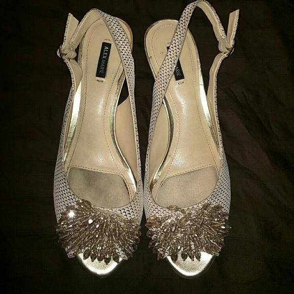 5aeba45e233 Alex marie heels leather
